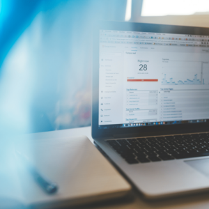 social media kpis that track leads and conversions